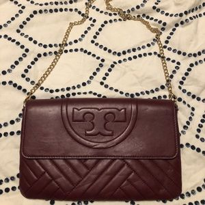 Authentic Tory Burch purse with chain strap